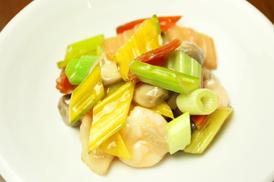 海鮮と野菜の塩炒め